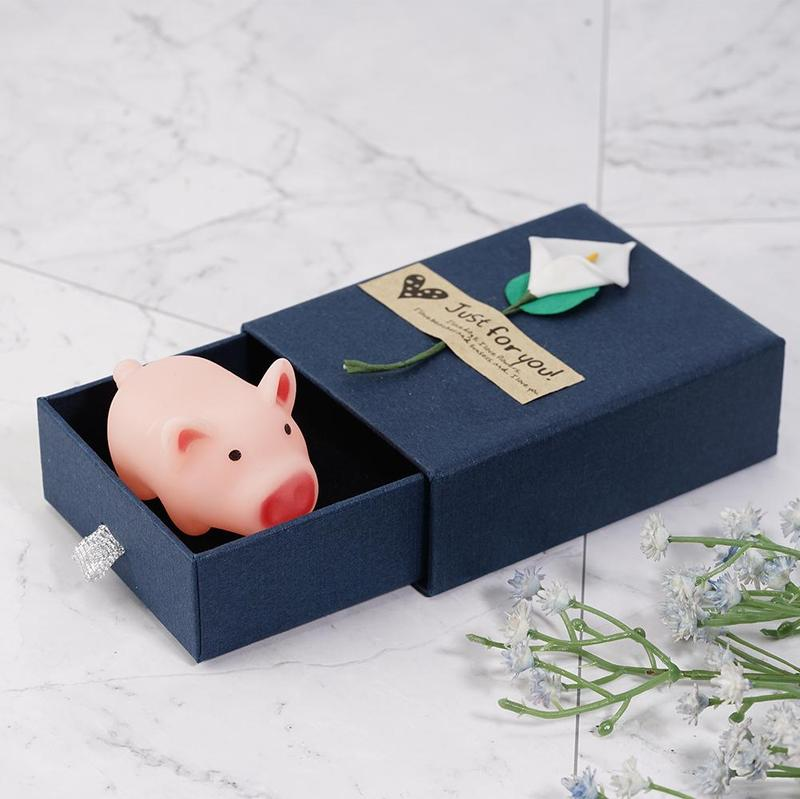 1 Pc Resin Little Pig Pinch Called Gift Box Gift To Send Men And Women Friends Decompression Pig Pop Up And Make A Sound