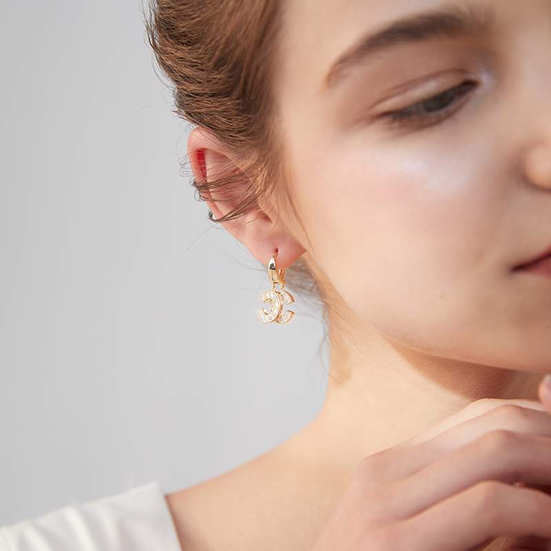 Xinwei new earrings fashion double C-shaped earrings for women artificial zircon pendant earrings jewelry gift