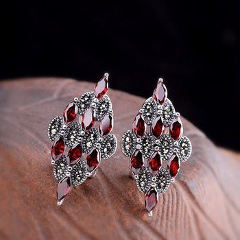 direct marketing Thai silver sterling silver earrings 925 sterling silver jewelry diamond lady s pomegranate red.jpg 350x350 - direct marketing Thai silver sterling silver earrings, 925 sterling silver jewelry diamond lady's pomegranate red ear clip