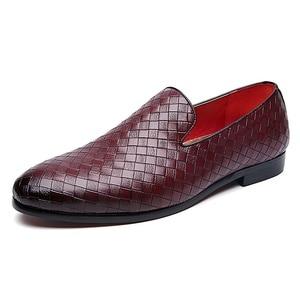 Image 1 - 2019 zapatos casuales de cuero trenzado de marca de lujo para hombre, zapatos Oxford de conducción, mocasines, zapatos italianos para hombres, C2 397