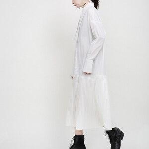 Image 3 - [EAM] kobiety czarny plisowany z rozcięciem wspólne charakterystyczna koszula sukienka nowa z klapami z długim rękawem luźny krój moda wiosna jesień 2020 1N038