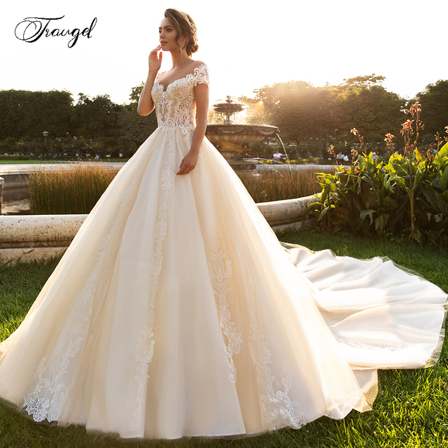 Traugel Scoop A Line Lace Wedding Dresses Chic Applique Short Sleeve Backless Bride Dress Cathedral Train Bridal Gown Plus Size 1