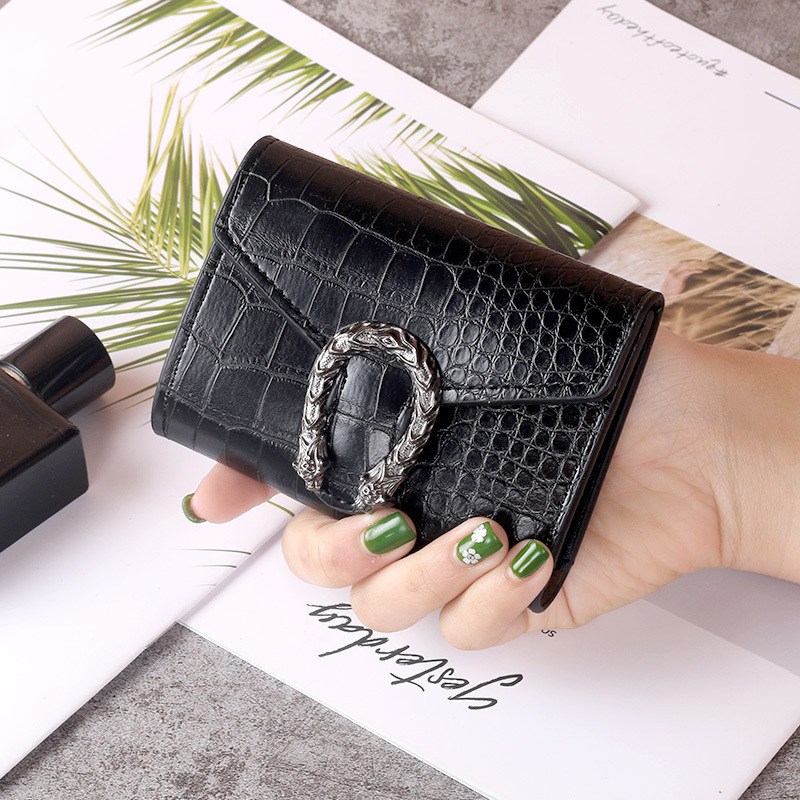 Vintga Crocodile Pattern Magnet Buckle Wallets Purses Ladies Money Coin Pocket Card Holder Female Wallets Clutch Bag