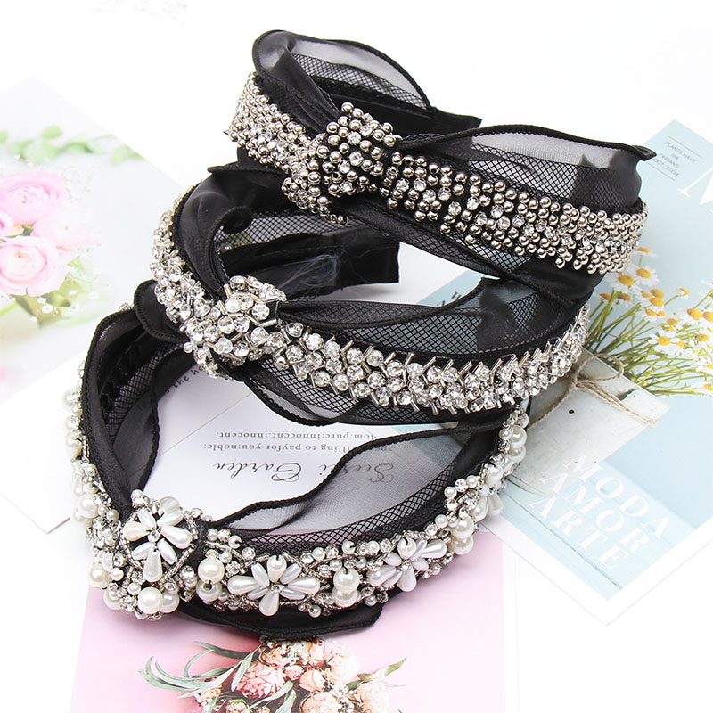 Oaoleer Hair Accessories Pearls Headbands Vintage Bohemian Black Lace Hairband With Metal Beads Knot Rhinestone Bow Hair Hoop