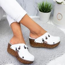 2020 New Women Sandals Rivet Summer Shoes Platform Slippers