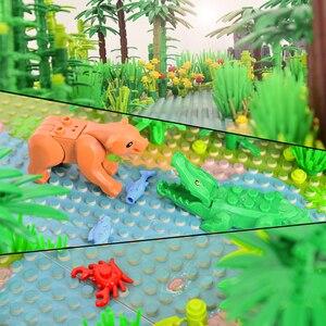 Image 4 - Rainforest Animal Fish Grass Tree zestaw klocków z podstawą City MOC akcesoria części cegły DIY zabawki dla dzieci prezenty