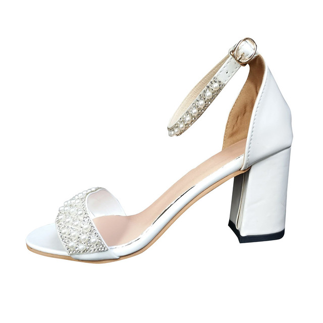 GlintLife | Beaded party heels | For your feet's beauty