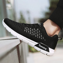 Men Running Shoes Mesh Breathable Men Sport Shoes Male Light Weight Lace Up Low-Cut Black Walking Sneakers Men Women Size 35-44