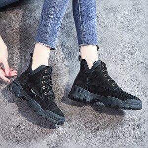 Image 4 - 2020 chính hãng Ủng Da Cá Nữ Thời Trang Giày Sneakers Nữ Phẳng Nền Tảng Giày Boot Nữ Bootties Thu Giày