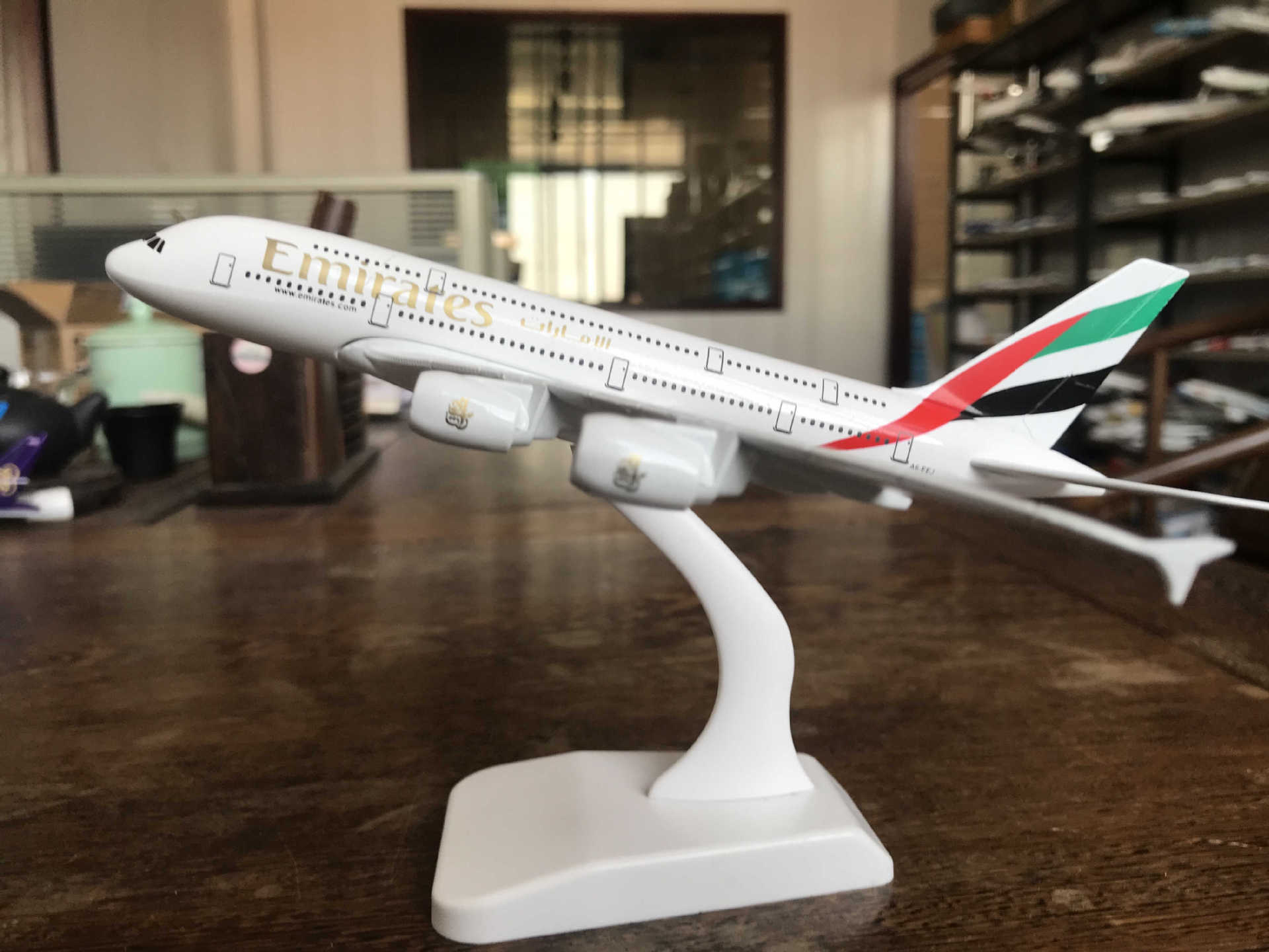 1/400 A380 Aircraft Model Original Model Singapore United Arab Emirates British Hansha 20cm Collection Gift Metal Alloy image