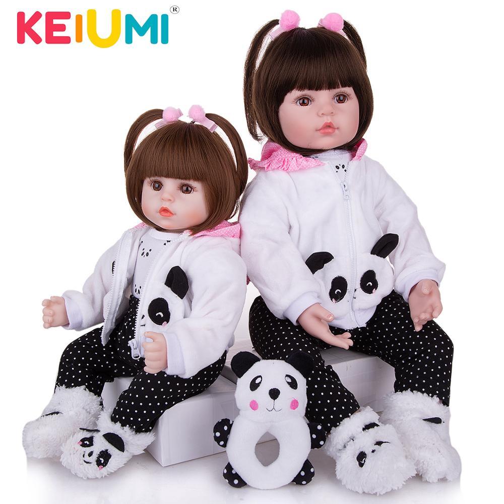 KEIUMI Realistische Reborn Baby Mädchen Puppe Tuch Körper Gefüllte Lebensechte Babys Puppe Spielzeug Tragen Panda Kleidung Kid Weihnachten Geburtstag Geschenke