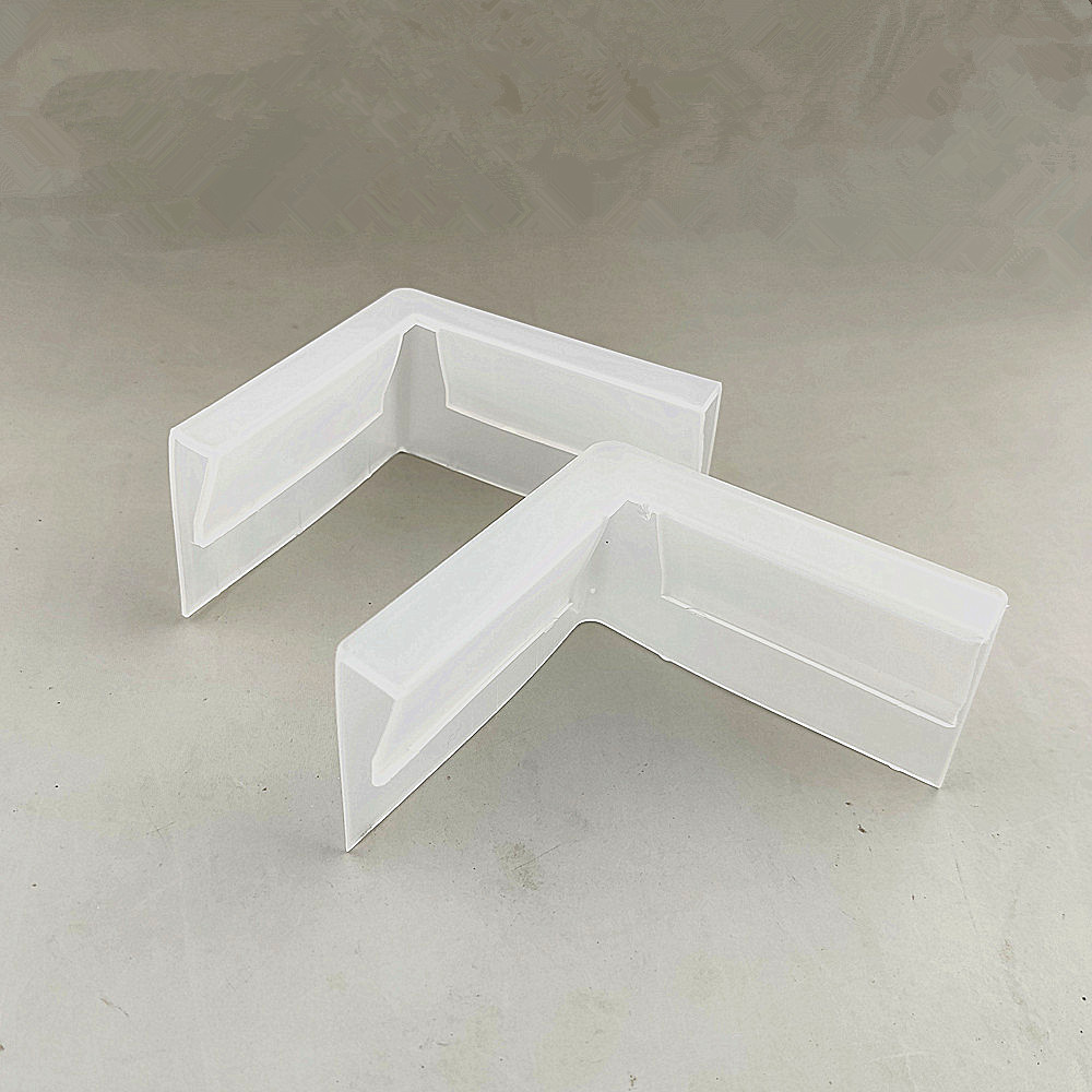 Wholesale Plastic PP Corner Edged Protecting Angle Bead For Carton Box Ground Pile Or Display Stand Gap 0.7/1cm 5000pcs/lot
