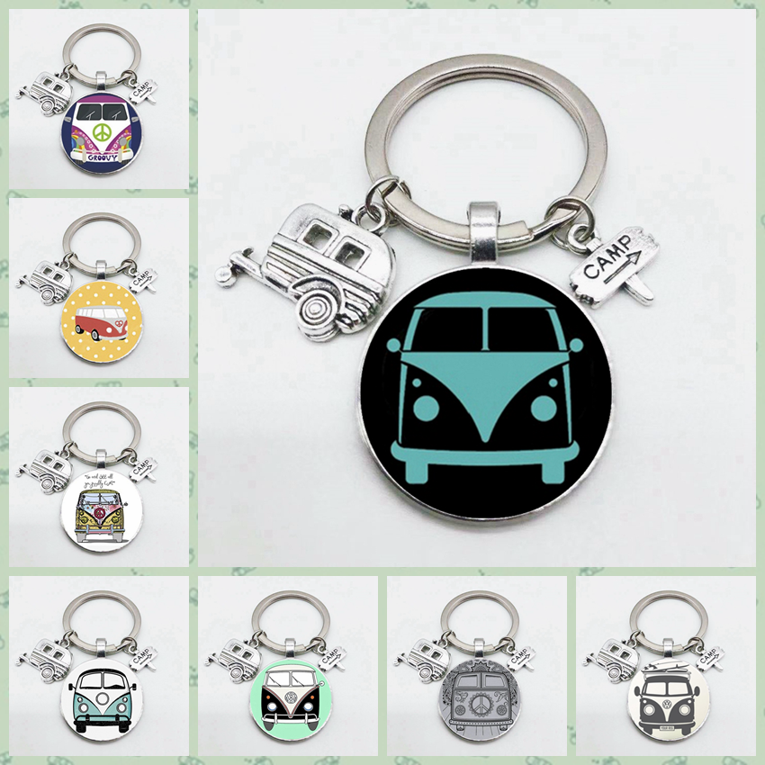 Super Good Travel Bus Travel Car Road Sign Cartoon Bus Charming Keychain Convex Round Glass Keychain Jewelry