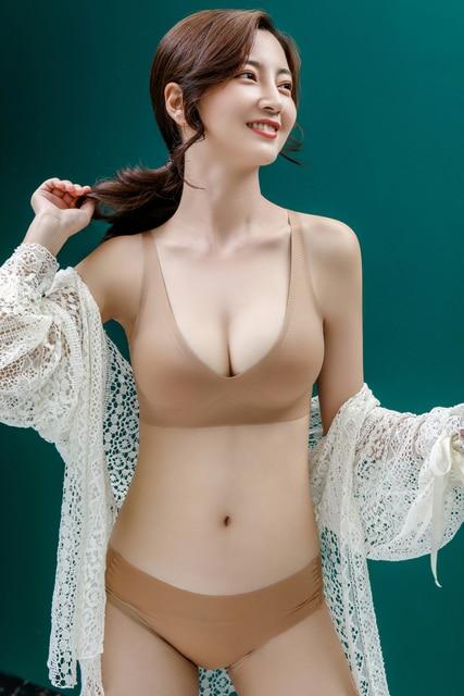 Comfortable jelly strip seamless underwear women's thin no rims small breasts gathered adjustment type breastfeeding sports bra 1