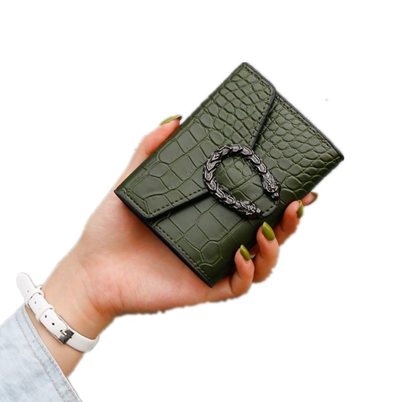 2020 Women Wallets Short Crocodile Pattern Hasp Wallet Ladies Clutch Bag Purse Simple Fashion Female Luxury Coin Purse Wholesale