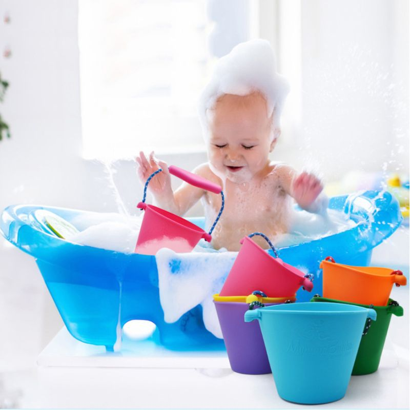 Children Baby Shower Bucket Bath Beach Toy Folding Handheld Silicone Barrel Pouring Water Sand Kids Gift E65D