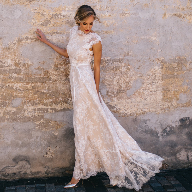 Informal Casual Wedding Dress Champagne Lining Full Lace Overlay Cap Sleeve Boat Neck Bridal Gowns Backless Vestido De Noiva