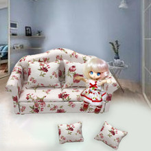 1sets 1:12 Dollhouse Miniature Couch Floral Sofa Furniture Living Room Decoration Furniture Toys Decoration Craft 133*63*66mm(China)
