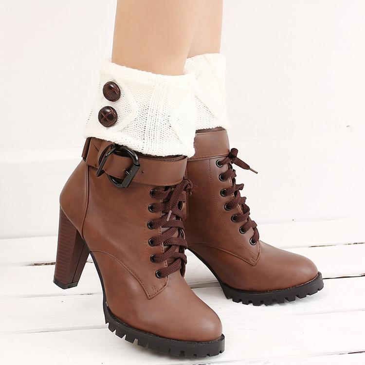 Women's Boots In Autumn And Winter, Short Socks, Wool Knitting, Warm Buttons, Feet, Middle Barrel Wool Socks