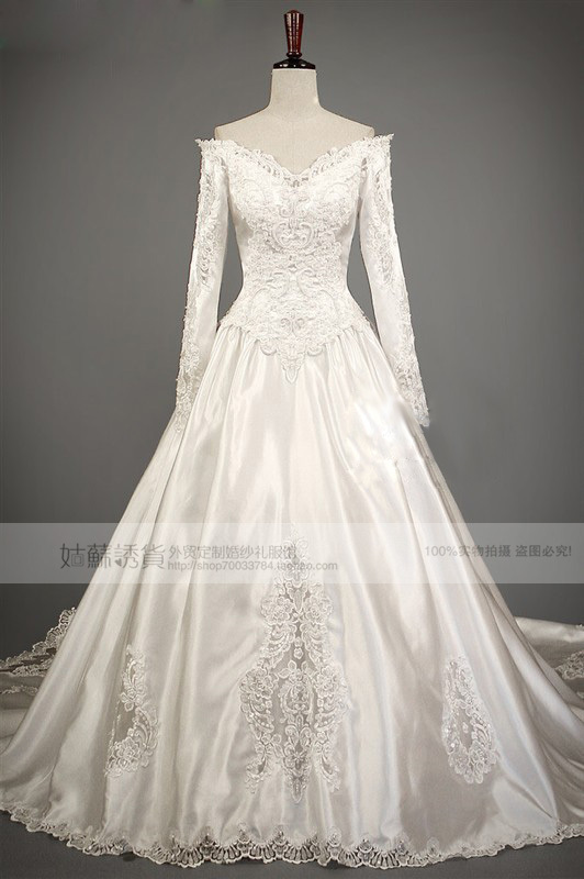 Free Shipping 2016 New Fashion Vestidos Formal Luxury Royal Train Beaded Pearis Bridal Ball Gown Long Sleeve Lace Wedding Dress