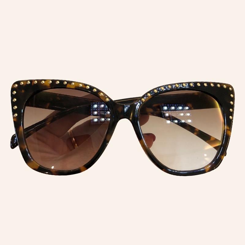 Brand Designer Cat Eye Sunglasses Women Fashion Luxury Classic Rivet Frame Mirror Sun Glasses Shade UV400