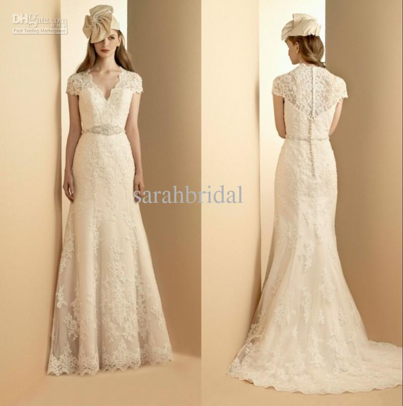 2018 Elegant Vintage Lace Wedding Dresses With Sashes Appliques A-Line Tulle V Neck Ruffles Short Sleeves Long Bridal Gowns