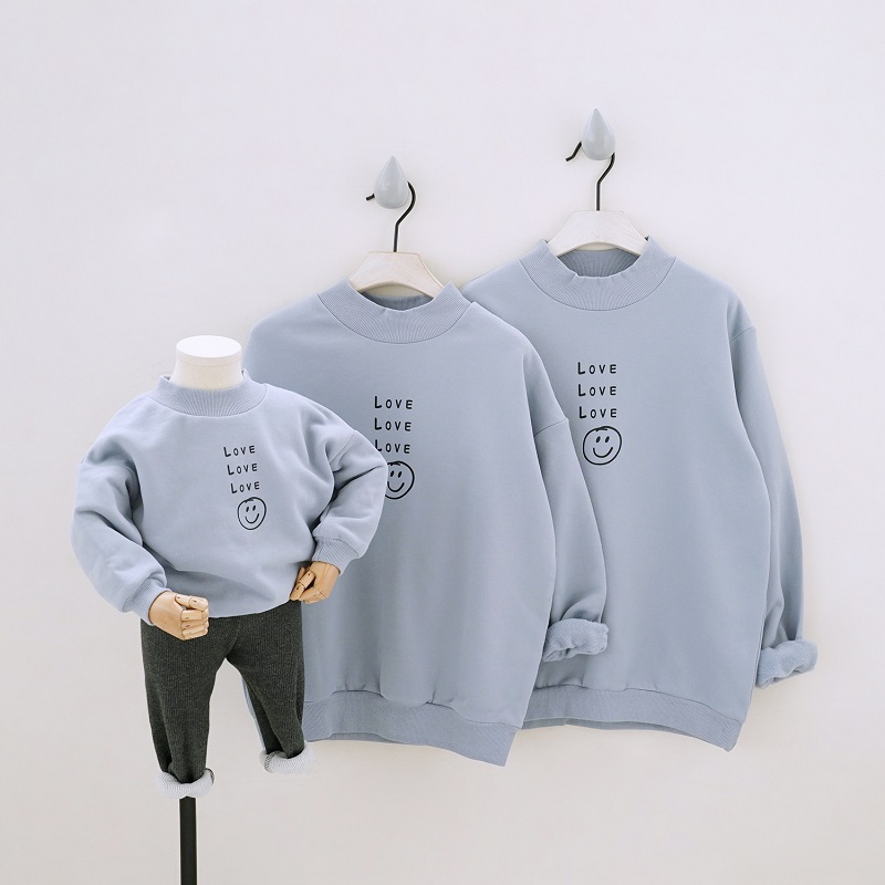 Family Matching Clothes 2019 Autumn Winter Girls Boys Sweaters Father Mother Kids Look Same Outfits Shirts Mom Son Outfits
