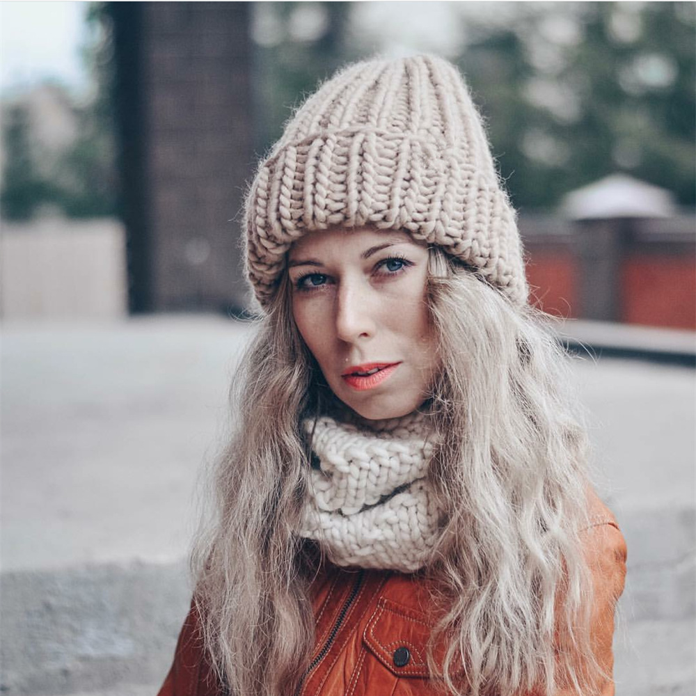 Women Winter Knitted Beanies Hat Thick Soft Warm Coarse Large Knitted Solid Hat Female Ice Ski Bonnet Skullies Beanies Hat Cap 32