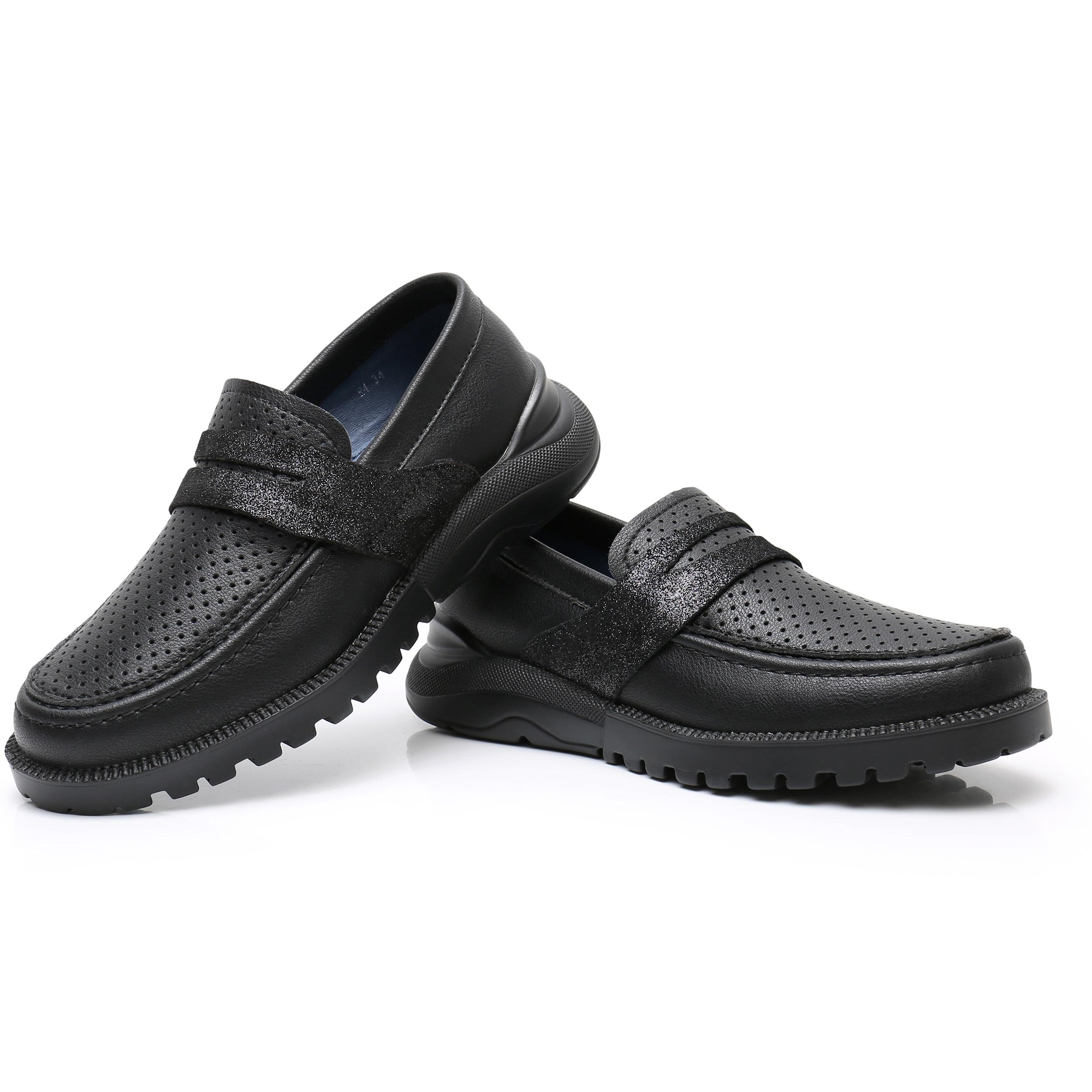 em estilo plano sapatos de casamento preto