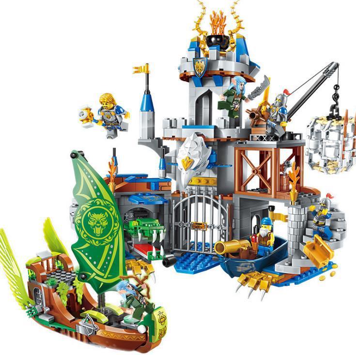 War Of Glory Castle Knights The Sliver Hawk Castlebuilding Block Diy Brick Toys Gift For Children Enlighten New 2315 656pcs