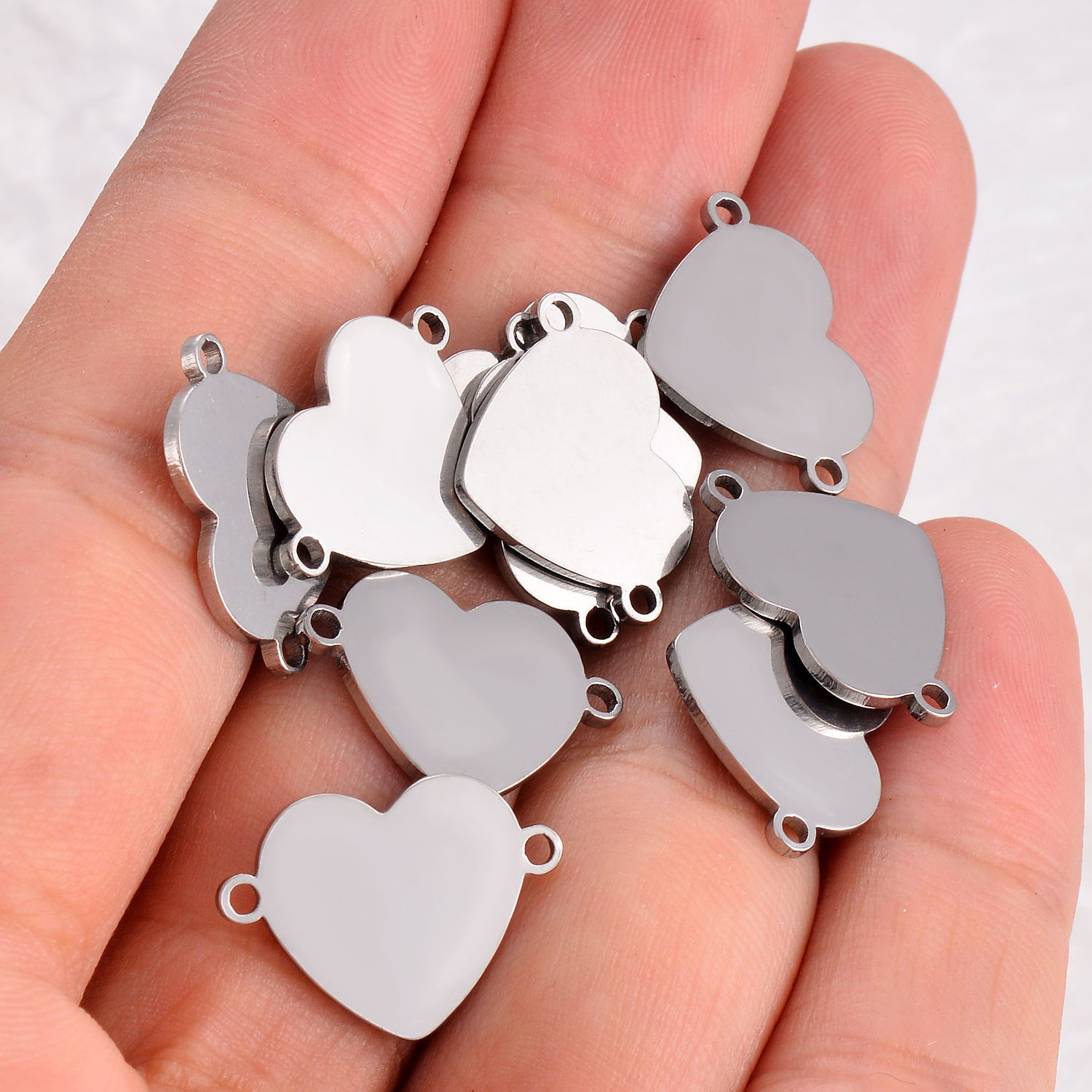 10 Pcs Stainless Steel Small Heart Bracelet Charms DIY Jewelry Findings Bangle Connector Accessory 2 Holes DIY Charm