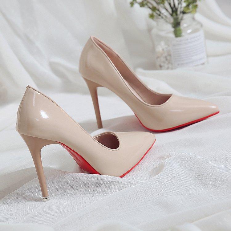 Couleur nue petits talons hauts frais en cuir verni Stiletto chaussures simples coréen Sexy pointu pompes noir professionnel chaussures de travail