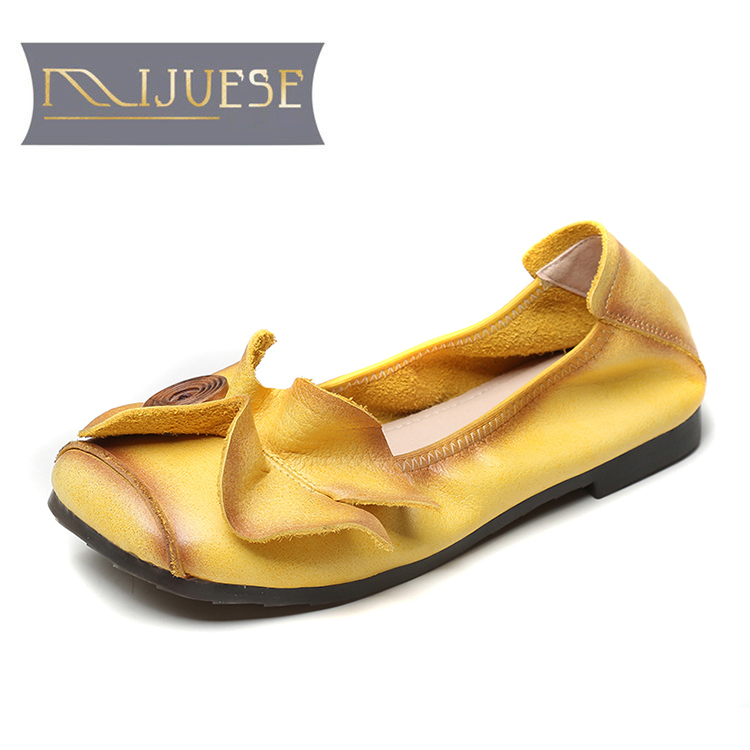 MLJUESE 2021 Women Pumps Soft Cow leather Autumn Spring Flowers Vintage Yellow Color Round toe Low heels pumps Size 40
