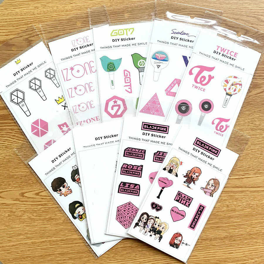 1 Pcs Kpop Stickers Bangtan Jongens Blackpink Got7 Zeventien Blackpink Tweemaal Diy Cartoon Stickers Fans Collection K-Pop Levert