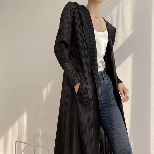 New 2020 Autumn Spring Ins miyake pleated trend in the long loose slim hoodie coat 1