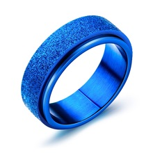 цена на 7mm Unisex Women Men Frosted Rings Rotated Blue Black Silver Rose Gold Color Stainless Steel Fashion Jewelry Size 7 8 9 10 11