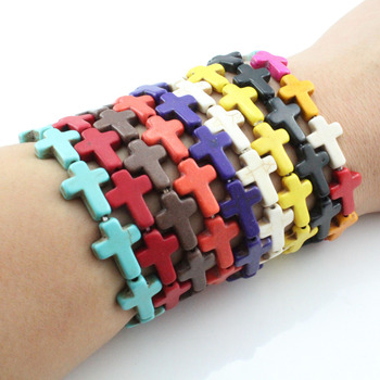 2020 nueva pulsera de Cruz religiosa de piedra colorida elástica del encanto de la manera para los hombres joyería de fiesta al por mayor brazalete para las mujeres