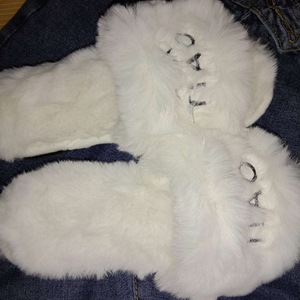 Faux rabbit fur sandals slippe