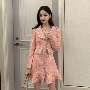Image 2 - Zoete Roze Jurk Lange Mouwen Koreaanse Stijl Knoppen Mini Dikke Winter Jurk Vrouwen Goede Kwaliteit Ruche Kawaii Vintage Vestido Mujer