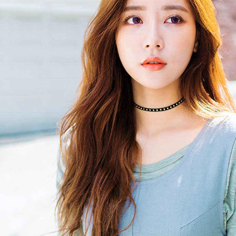 韓国のファッション絶妙なスウィートガールショートネックレス原宿人格レトロリベットホット爪スエードネックバンド襟アン