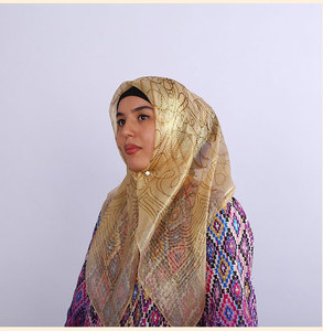 Image 2 - קידום מכירה! משי אקארד צעיף מרובע מוסלמי Hijabs צעיף אתני Ultralight צעיף חיג אב האסלאמי נשים של אביזרים