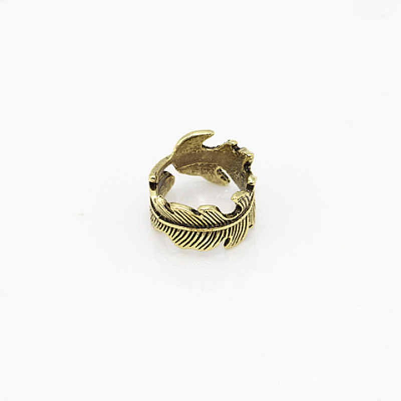 New fashion European and American punk retro feather leaf circle ladies ancient gold vintage leaf party finger opening ring gift