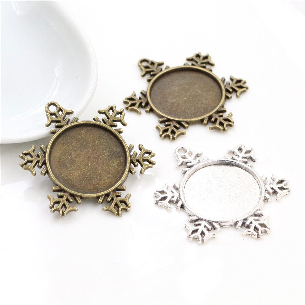 10pcs 20mm Inner Size Antique Silver And Antique Bronze Christmas Snowflake Style Cabochon Base Setting Charms Pendant
