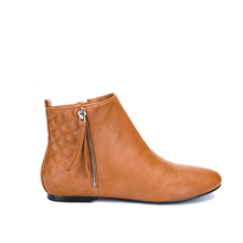 MaxMuxun New Womens Booties Flat Heel Ankle Pointed Toe Boots Spring Autumn Fashion Causal Short Chelsea tenis feminino