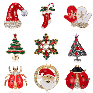 Classic Fashion Christmas Brooch Santa Claus Snowflake Tree Hat Gloves Pins Badge Clothes Accessories for Girls Kids New Year Gi