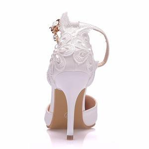 Image 4 - Crystal Queen zapatos de encaje blanco para mujer, calzado de tacón alto para banquete de boda, zapatos nupciales puntiagudos, zapatos sencillos rebeldes