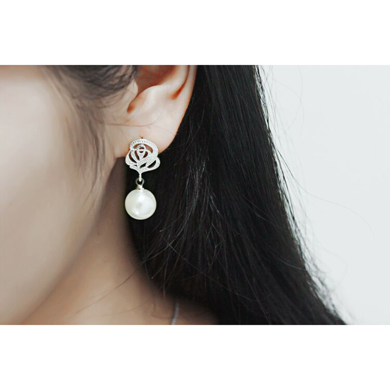 Купить с кэшбэком Vintage Rose Flower Imitate Pearl Earrings  Crystal Earrings For Women Fashion Jewelry Accessories Brincos Drop Shipping