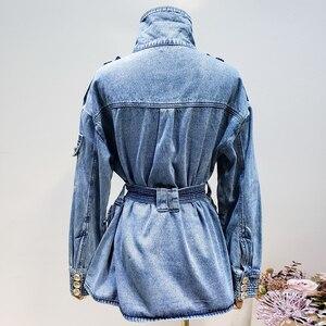 Image 4 - Haute qualité nouvelle mode 2020 veste de créateur femmes laçage ceinture en relief Lion boutons Denim veste