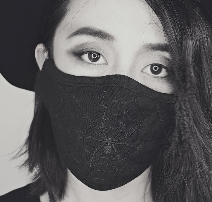 Men Women's Black Spider Embroidery 100% Cotton Mask Lady's PM 2.5 Filter Breathable Cotton Mouth-muffle R2794
