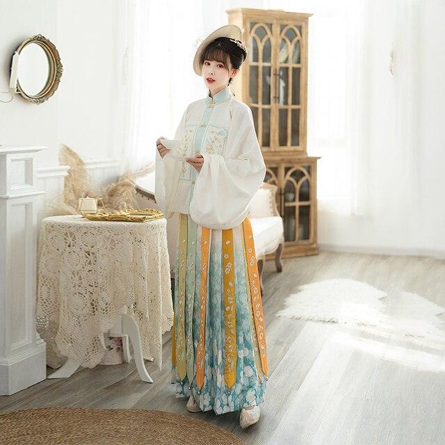 Фото осенний женский комплект в китайском стиле hanfu винтажная вышитая цена